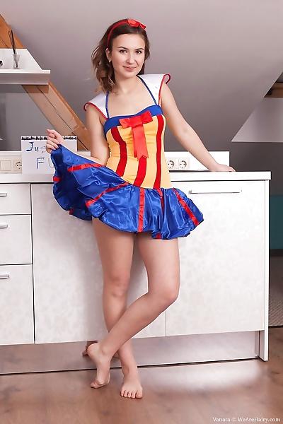 Delicious Snow White Vanata..