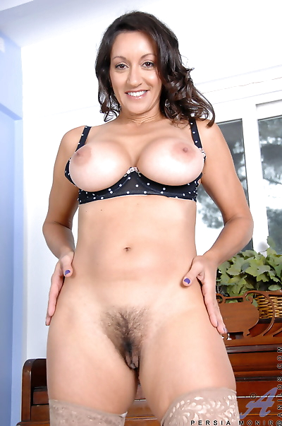 Sexy mature Persia Monir in..