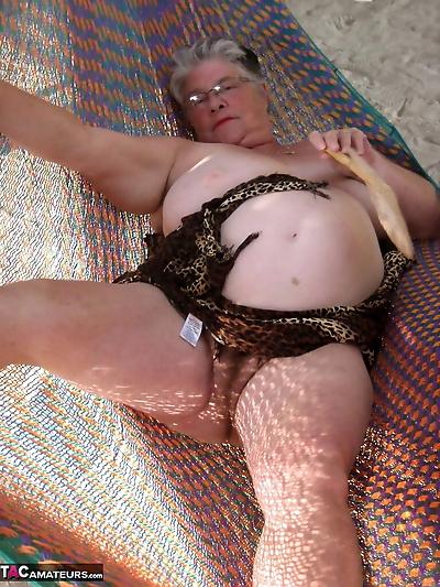 Obese nan Girdle Goddess..