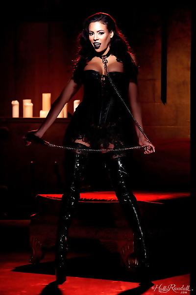 Erotic mistress Luna Star in..