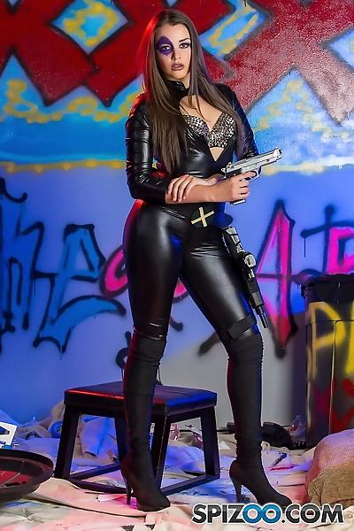 Latina chick Allie Haze puts..