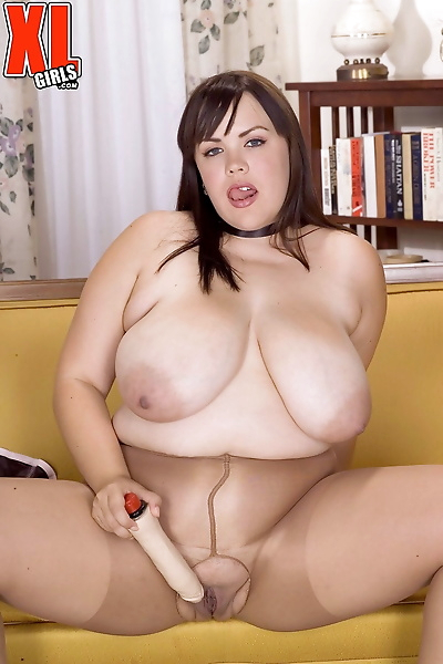 Big boobed BBW Desire Monet..