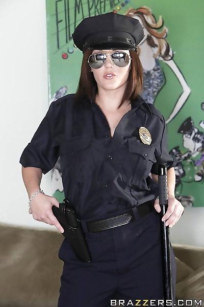 Curvy babe in cop uniform..